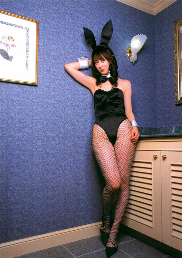 秋山莉奈写真集《失楽園 〜RINA、オトナへの決意〜》高清全本[118P] 日系套图-第8张