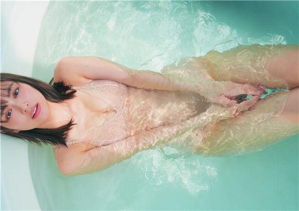内田理央写真集《PEACH GIRL》高清全本[156P] 日系套图-第5张