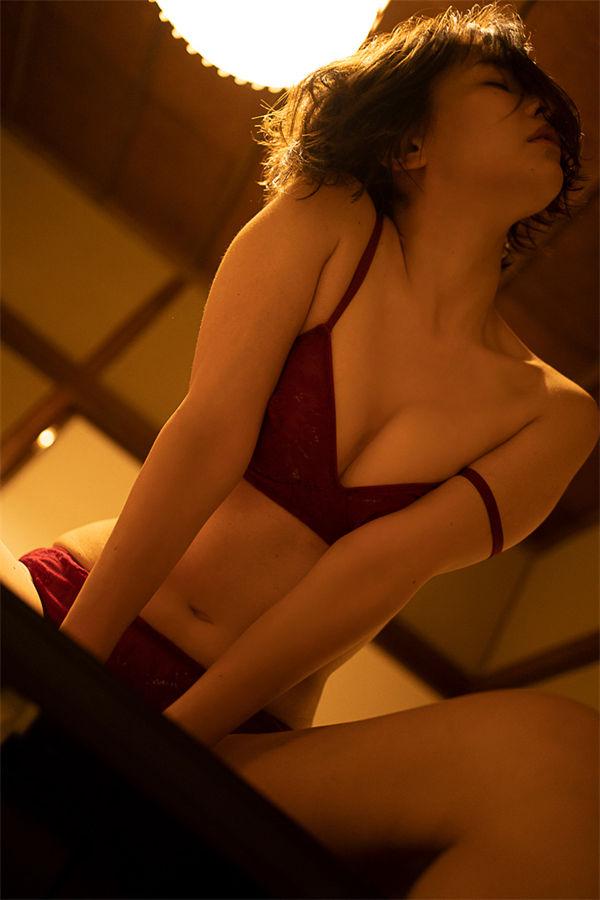 山崎真实写真集《ひとときの恋人》高清全本[116P] 日系套图-第3张