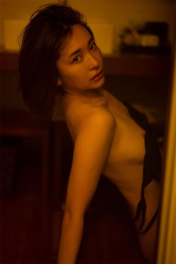 山崎真实写真集《ひとときの恋人》高清全本[116P] 日系套图-第7张